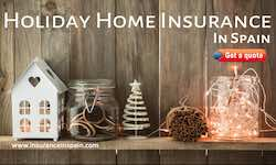 House-Trinkets-on-a-shelf-depicting-holiday-home-insurance